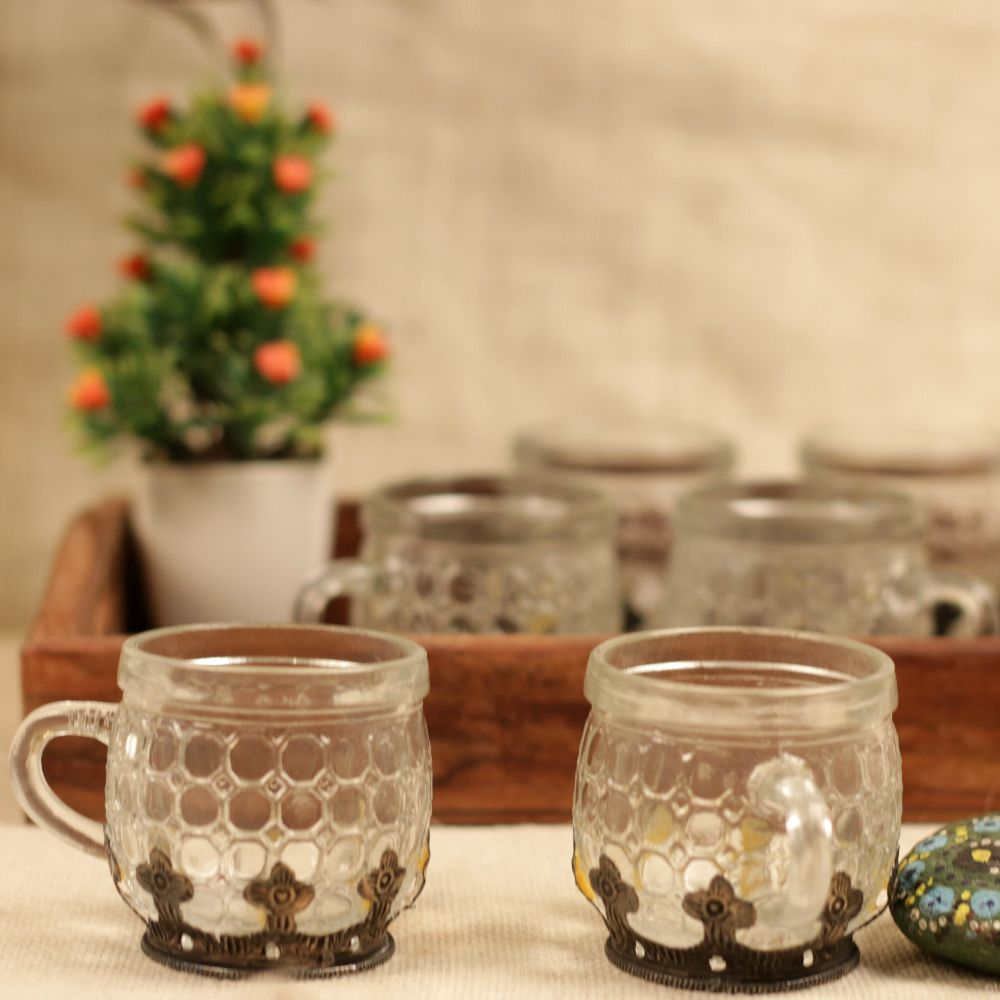 METAL FINISH CUP SET OF 6 (NO TRAY)